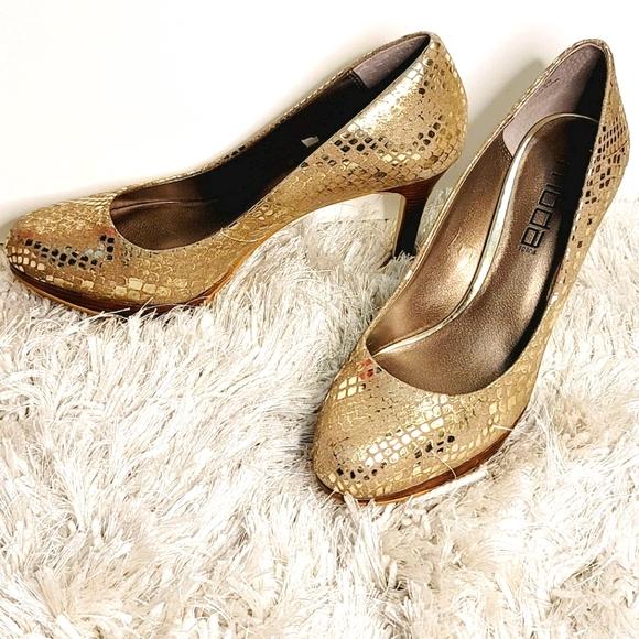 Moda Spana Gold faux snakeskin print heels